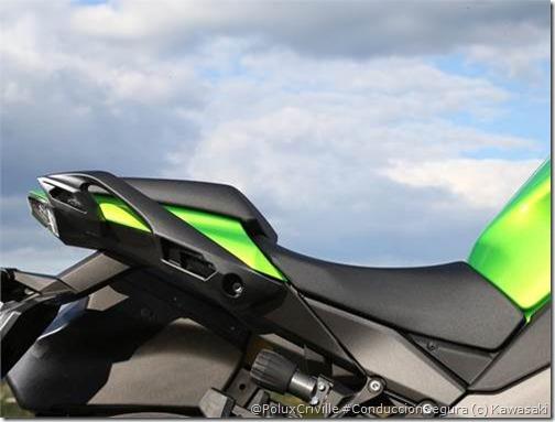 PoluxCriville-Via-Motos.net-Kawasaki Z1000SX-2014 (25)
