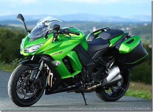 PoluxCriville-Via-Motos.net-Kawasaki Z1000SX-2014 (3)