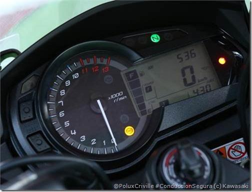 PoluxCriville-Via-Motos.net-Kawasaki Z1000SX-2014 (35)