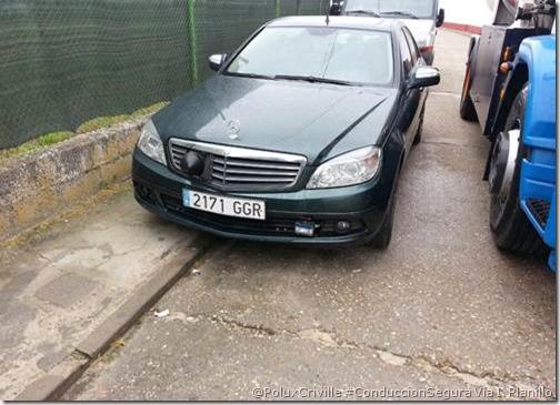 PoluxCriville-Via_I. Planillo-Mercedes-coche-radar-camuflado-multas-DGT