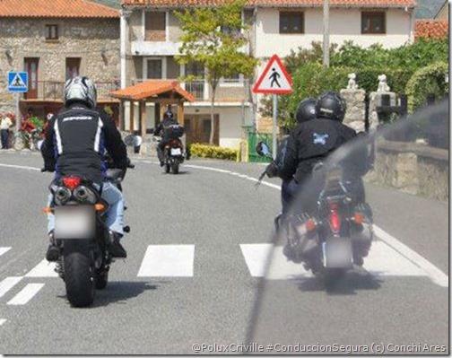 PoluxCriville-Via-Conchi_Ares_moto-pasos-peaton-pintura-blanca-no-pisar-nunca