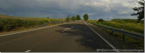 PoluxCriville-conduccion-segura-moto-visibilidad-diurna