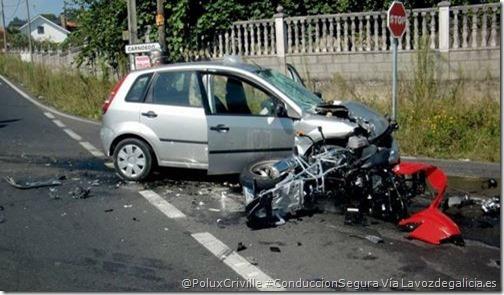 PoluxCriville-LaVozdeGalicia.es-accidente-moto-daños-materiales-seguro