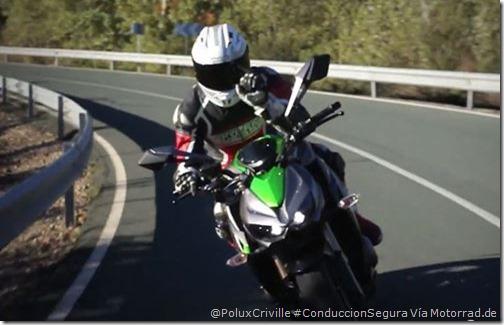 PoluxCriville-Motorrad-gestos-grupo-conduccion-segura-moto