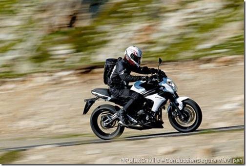 PoluxCriville-Via-alpen_moto-nueva-conduccion-segura-er6