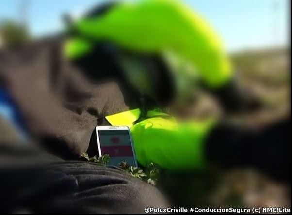 PoluxCriville-HelpMeOut!Lite-Detecta-emergencia-avisa-conduccion-segura-moto