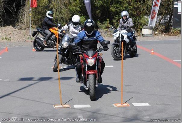 PoluxCriville-Vía_Moto_Station_com-experiencia-practica-conduccion-segura-moto