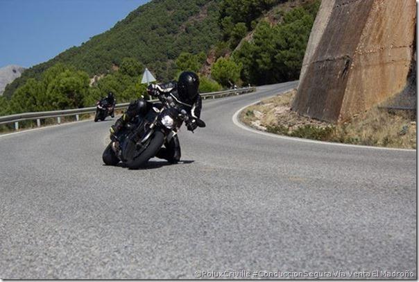 PoluxCriville-Via_Extensión Venta El Madroño_conduccion-segura-moto-grupo