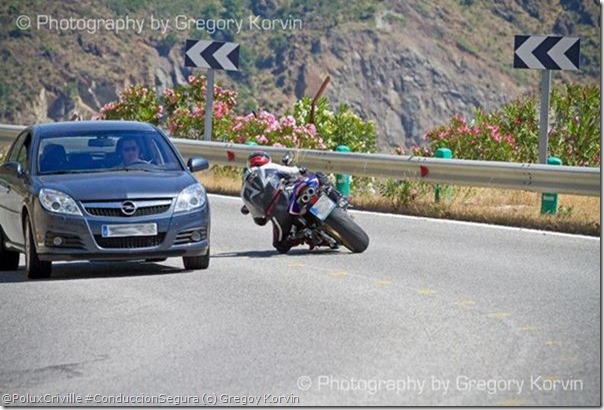 PoluxCriville-Gregory Korvin-conduccion-segura-moto-carretera-no-es-circuito