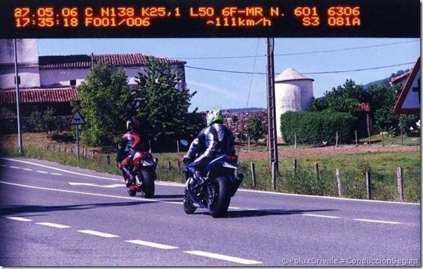 PoluxCriville-Via-Autor desconocido-multa-exceso-velocidad-moto