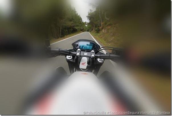 PoluxCriville-Via-Montesa-Honda-efecto-tunel-mas-velocidad-menos-vision-conduccion-segura-moto