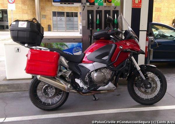PoluxCriville-Via_Conchi Ares_accesorios-moto-afectan-consumo