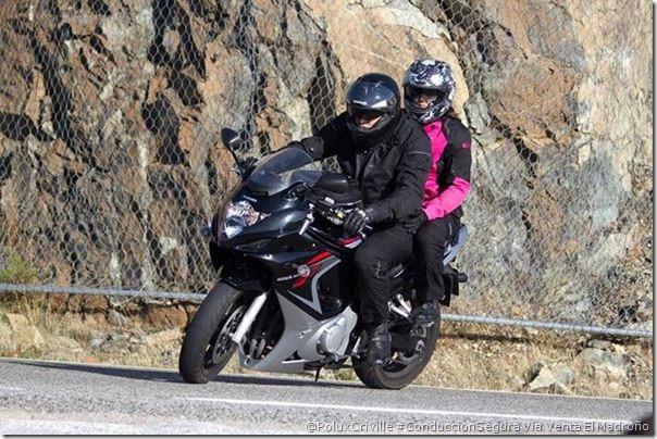 PoluxCriville_Via_Extensión Venta El Madroño_equipacion-piloto-pasajero-conduccion-segura-moto