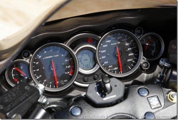 PoluxCriville-Via-fastbikesmag.com-Suzuki-Hayabusa-conduccion-segura-moto