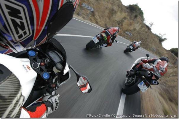 PoluxCriville-Via-Motociclismo-es-Juan-Sanz-comparativa-deportivas-1000-conduccion-segura-moto-separacion