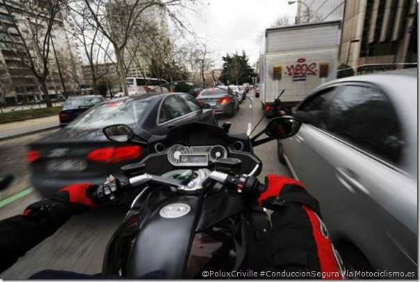 PoluxCriville-Via-Motociclismo.es-Juan Sanz-trafico-peligro-conduccion-segur-moto