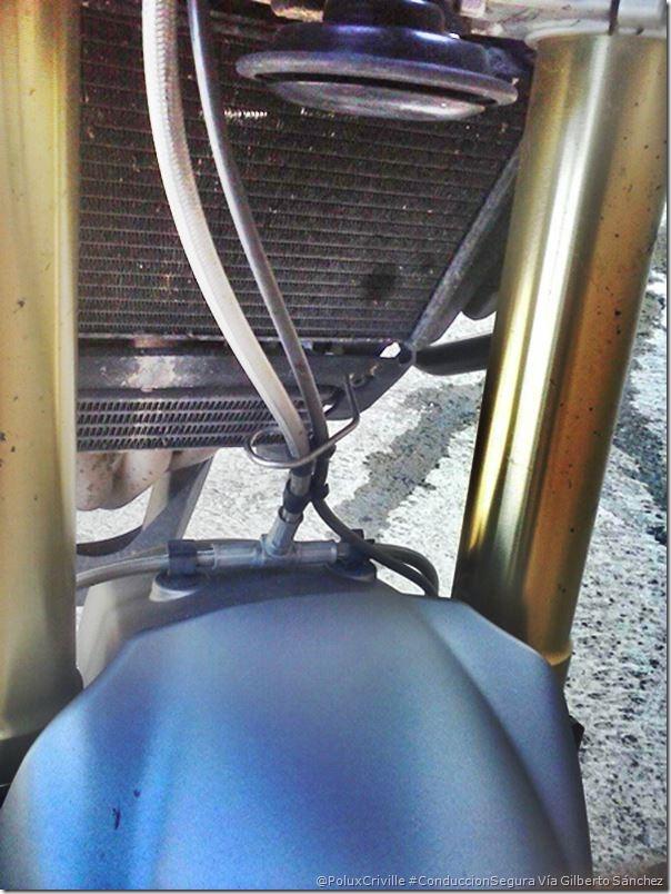 PoluxCriville-Via_Gilberto Sanchez-radiador-moto-perforacion