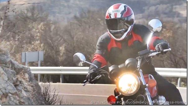 PoluxCriville-HondaMontesaTube-moto-colocacion-dedos-mano-manetas_2
