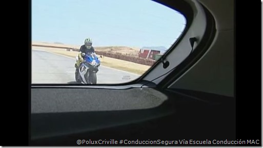 PoluxCriville-Via-Escuela-de-conduccion-MAC-Angulo-muerto-moto-conduccion-segura