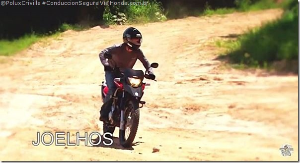 PoluxCriville_Via_Honda.com.br-off-road-postura-en-pie