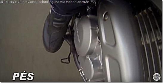 PoluxCriville-Via-Honda.com.br-posicion-cuerpo-moto-conduccion-segura