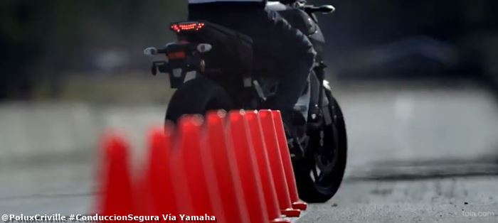 poluxcriville-via-yamaha-mt-09_habilidad-moto