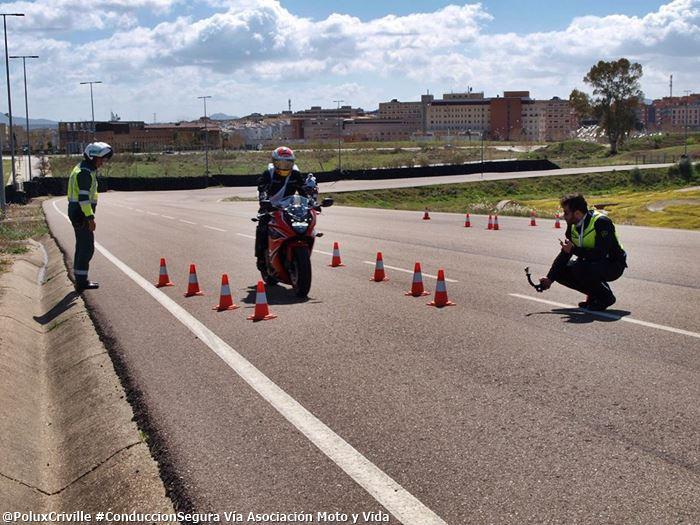 PoluxCriville-Via-Asociacion.Moto.y.Vida-curso-conduccion-segura.Merida.218