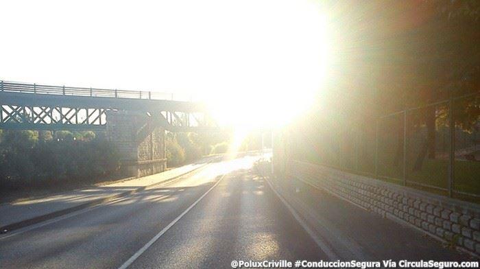 PoluxCriville-Via-circulaseguro.com-deslumbramiento-conduccion-segura