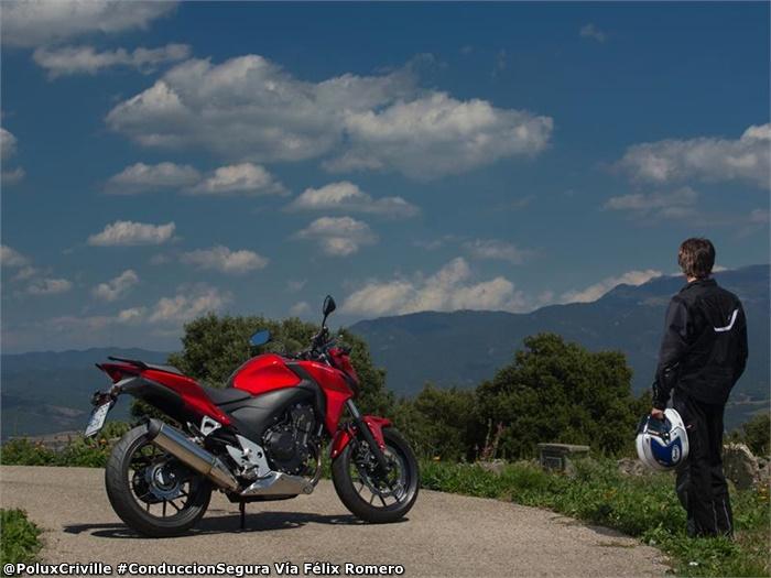 PoluxCriville-Via-Motos.net-Felix Romero-primera-moto-125-conduccion-segura