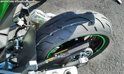 PoluxCriville-Entrega-Kawasaki-z1000sx-tourer-conduccion-segura-moto (10)