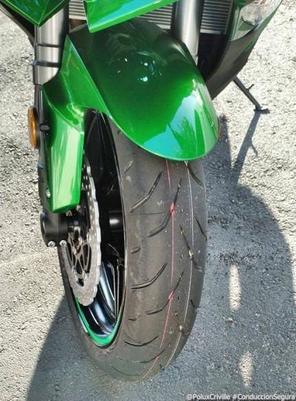 PoluxCriville-Entrega-Kawasaki-z1000sx-tourer-conduccion-segura-moto (9)