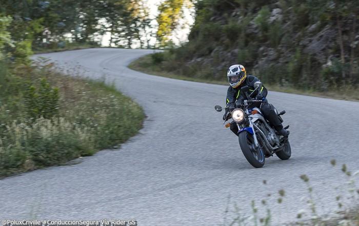 PoluxCriville-Via-Rider.GS-un-suenio-llamado-moto-conduccion-segura