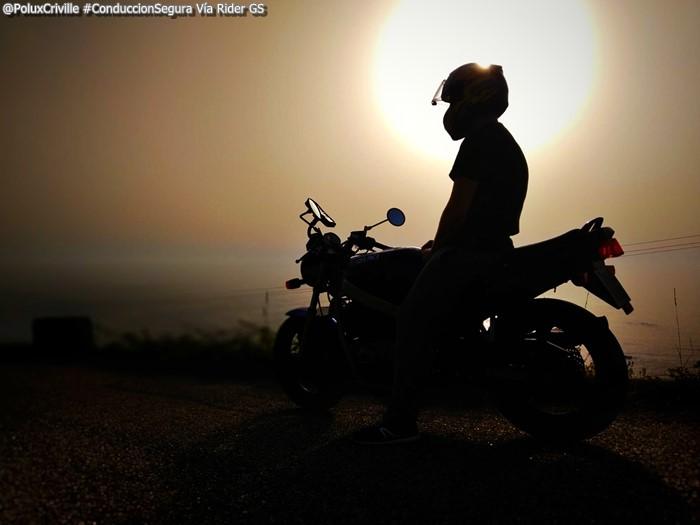 PoluxCriville-Via-Rider.GS-un-suenio-llamado-moto-conduccion-segura_2