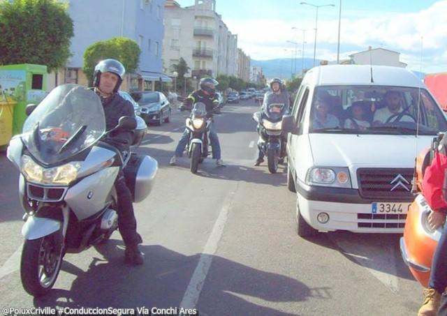 PoluxCriville_Via_Conchi_Ares_conduccion.segura.moto.precaucion.atencion.trafico
