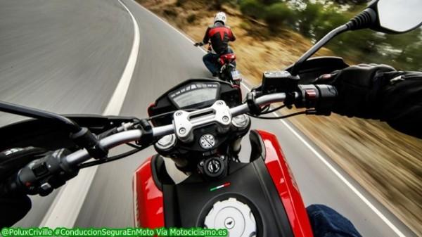 Un #Motero270 dejará la suficiente distancia de seguridad que permita evitar contratiempos...